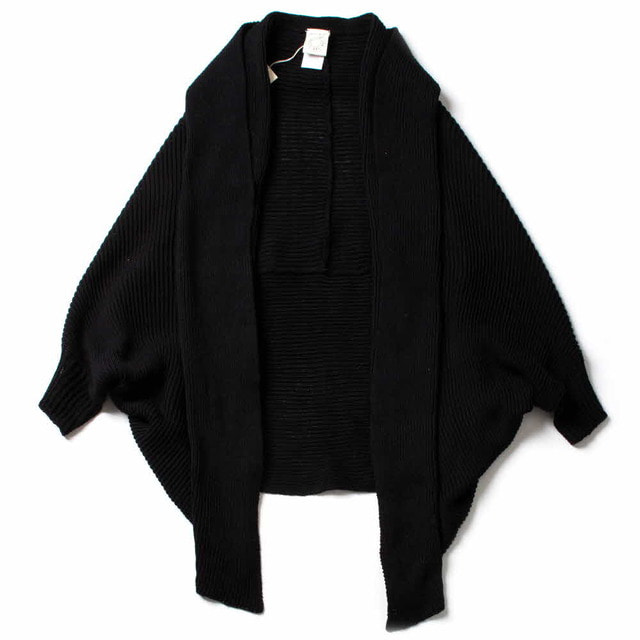 HAND LOOM KNITTED CAPE_BLACK